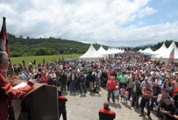 Las campas de Zumeltza se preparan  para acoger la XVIII Edición de la gran fiesta del cazador y pescador