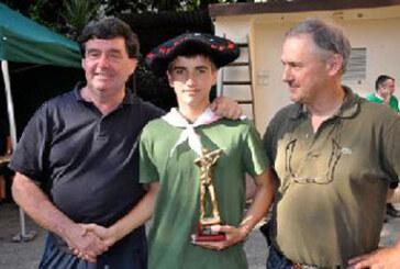 Haritz Arruarte, triunfador del campeonato local de tiro infantil con carabina