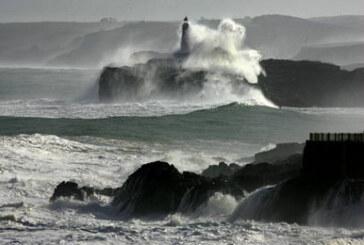 Fallece un pescador de Abanto tras caer al mar en un acantilado en Castro Urdiales
