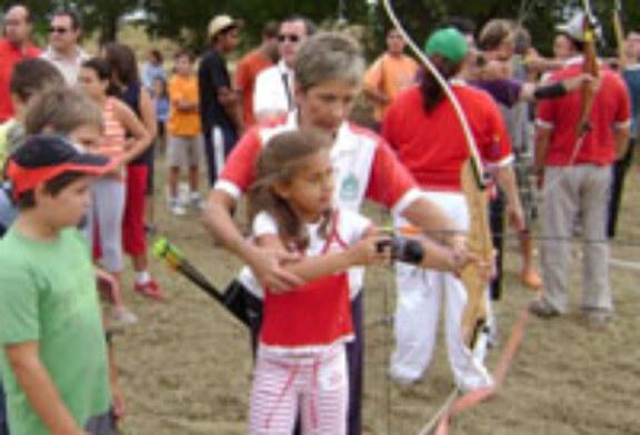 La localidad oscense de Huerta de Vero acoge una jornada deportiva de tiro con arco
