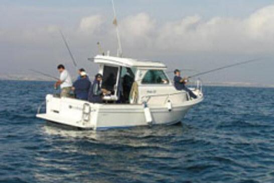 Los Clubes de pesca bizkainos compiten este sábado en el Open de Embarcación Fondeada