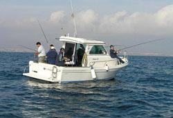 En unas horas comienza el VI Concurso de pesca desde embarcación fondeada