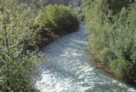 Aprobado un proyecto de saneamiento del río Araxes para 2011