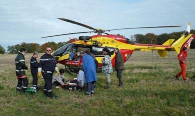 Un cazador sufre un desmayo en su puesto de pase y es trasladado en helicóptero