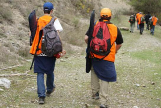 Federación y Gobierno navarros lanzan una nueva campaña bajo el eslogan «Caza Seguro»