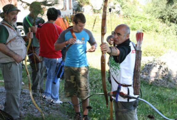 Arcos compuesto, tradicional y longbow en el Campeonato de Bizkaia de Recorridos de Caza