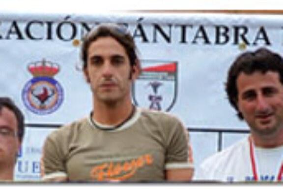Raúl Gutiérrez con «Adolfo», ganadores del autonómico cántabro de rastro sobre jabalí