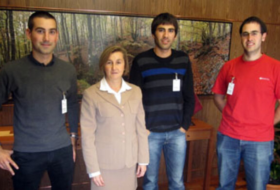 Reunión entre Adecap Gazteak y la Diputada de Medio Ambiente de Álava, Marta Ruiz