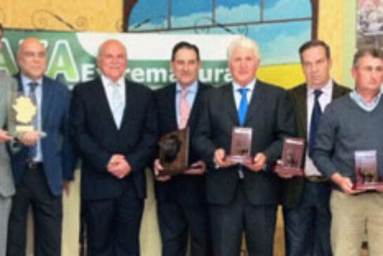 Juvenex recibe el galardón «Premio Caza Extremadura»