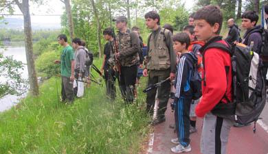 Adecap Gazteak organiza la II Jornada de Pesca para jóvenes en el pantano de Urkulu