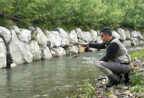 Gorka Vázquez, el único bizkaino que opta al título de Campeón estatal de salmónidos