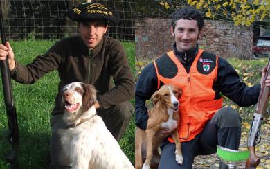 Los representantes vasco y navarro preparados para la final estatal de Caza Menor con Perro