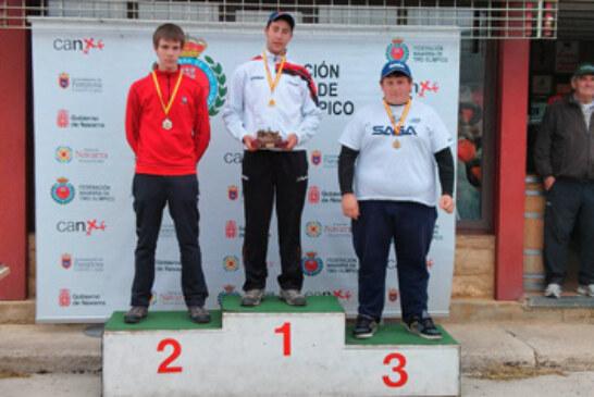 Los juniors vascos logran un triple podio en el Campeonato de España de Minifoso