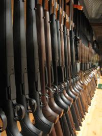 La Guardia Civil subastará 375 armas en Donostia