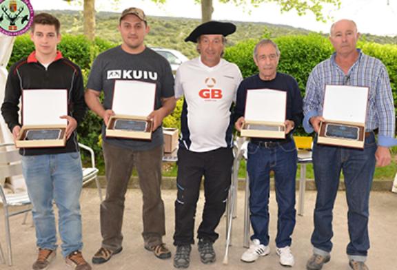 Juan Gardeazabal consigue el título de Álava de Compak
