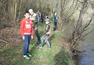 Campeonato infantil de pesca de la Sociedad de Sopuerta y Castores de Leioa