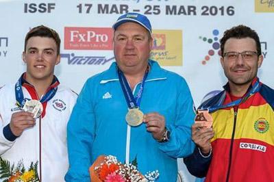 Kako Aramburu, bronce en skeet en la Copa del Mundo de Nicosia