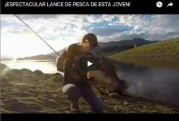 ¡ESPECTACULAR LANCE DE PESCA DE ESTA JOVEN!