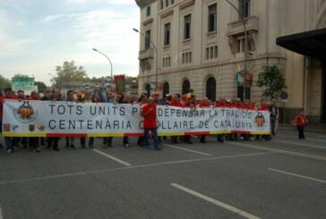 Éxito de participación en la manifestación en defensa de los ocellaires de Cataluñaa manifestación en defensa de los ocellaires de Cataluña