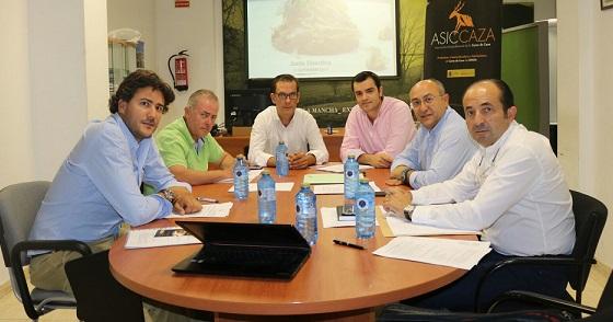 La Junta Directiva de Asiccaza prepara al sector ante el inminente inicio de la temporada de caza