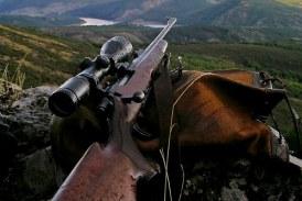 Con la caza a cuestas. Nuevo libro de Ángel Luis Casado