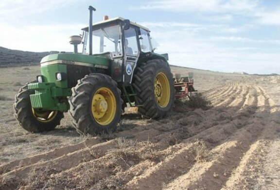 Cazadores que hacen de agricultores: un millón de metros para alimentar a la fauna