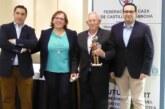 La Federación de Caza de CLM premia a Manuel Aranda Castro con el Quijote Cazador