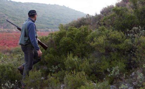 Estable el cazador que recibió un tiro en el pecho