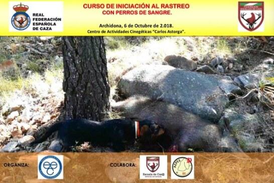 Aprende todos los secretos sobre el rastreo con perros de sangre en cursos de la Escuela Española de Caza
