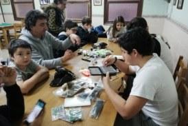ADECAPGAZTEAK continúa con su escuela de pesca para los más jóvenes