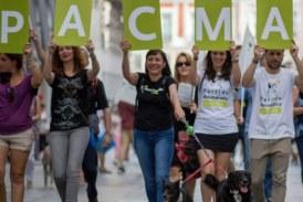 PACMA reconoce que quiere acabar con las ganaderías en España