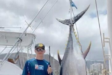 Atún del Atlántico de 325 libras fija récord mundial