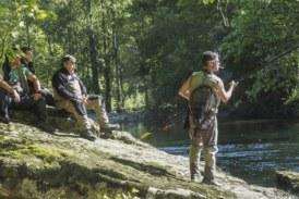 La temporada de pesca en Cantabria comenzará en abril y llega con una novedad: cada pescador podrá capturar dos salmones