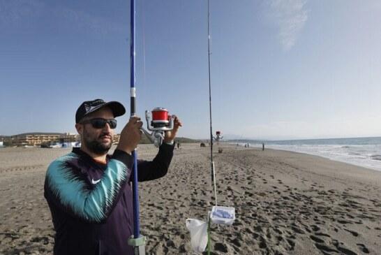 Antonio Ayala y Miguel Jiménez ganan el campeonato de pesca para invidentes en Andalucía