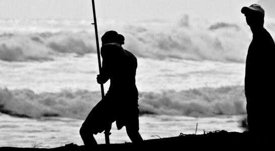 Sam Bosch aconseja sobre la pesca de la lubina a través de su canal de YouTube