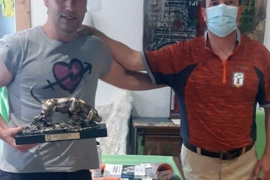 11 cazadores vascos acuden con opciones al Campeonato de España de perros de rastro de jabalí