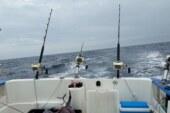 La pesca recreativa en una embarcación es mucho más segura que desde la costa