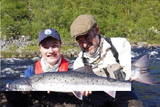 Posible récord mundial de salmón atlántico pescado en Rusia