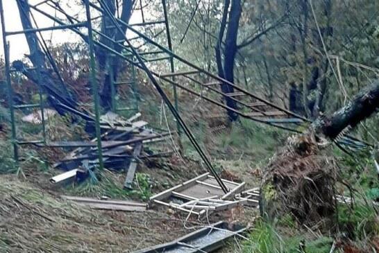 Desconocidos destruyen puestos de caza en Jaizkibel